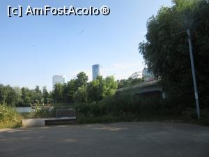 foto-vacanta la La pas prin Bucureşti