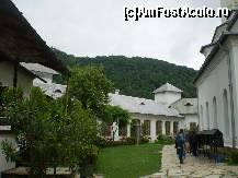 foto-vacanta la Mănăstirea Tismana