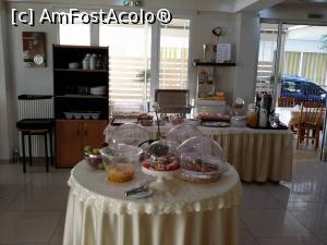 foto-vacanta la Manolas Hotel [Nei Pori]