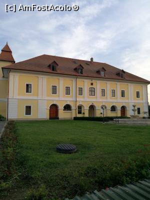 foto-vacanta la Pensiune Castel Haller [Ogra]