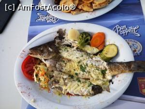 foto-vacanta la Unde mâncăm? Taverne în Santorini