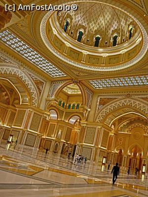 foto-vacanta la Circuite prin emirate