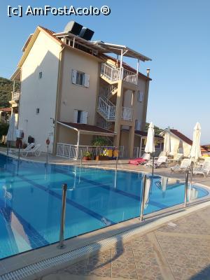 foto-vacanta la Elena Hotel & Apartments