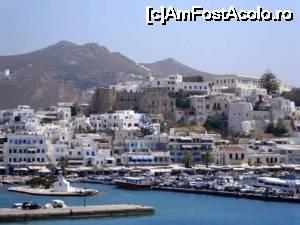 foto-vacanta la Drumul cu mașina/ferry spre Santorini