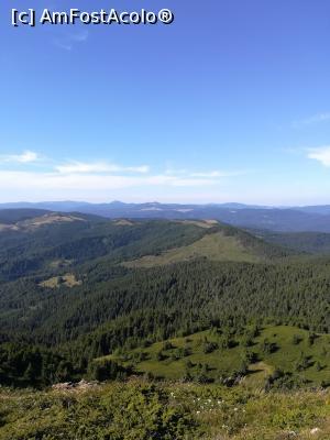 foto-vacanta la Descoperă zona Gura Teghii - Valea Bâscăi