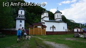 foto-vacanta la Alte mănăstiri în zona Olăneşti