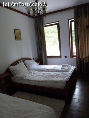 foto-vacanta la Guest House Holiday